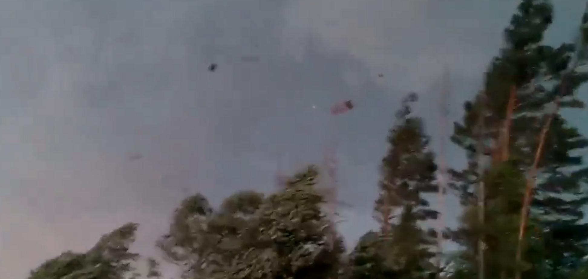 Ураган в Росії зняли на відео