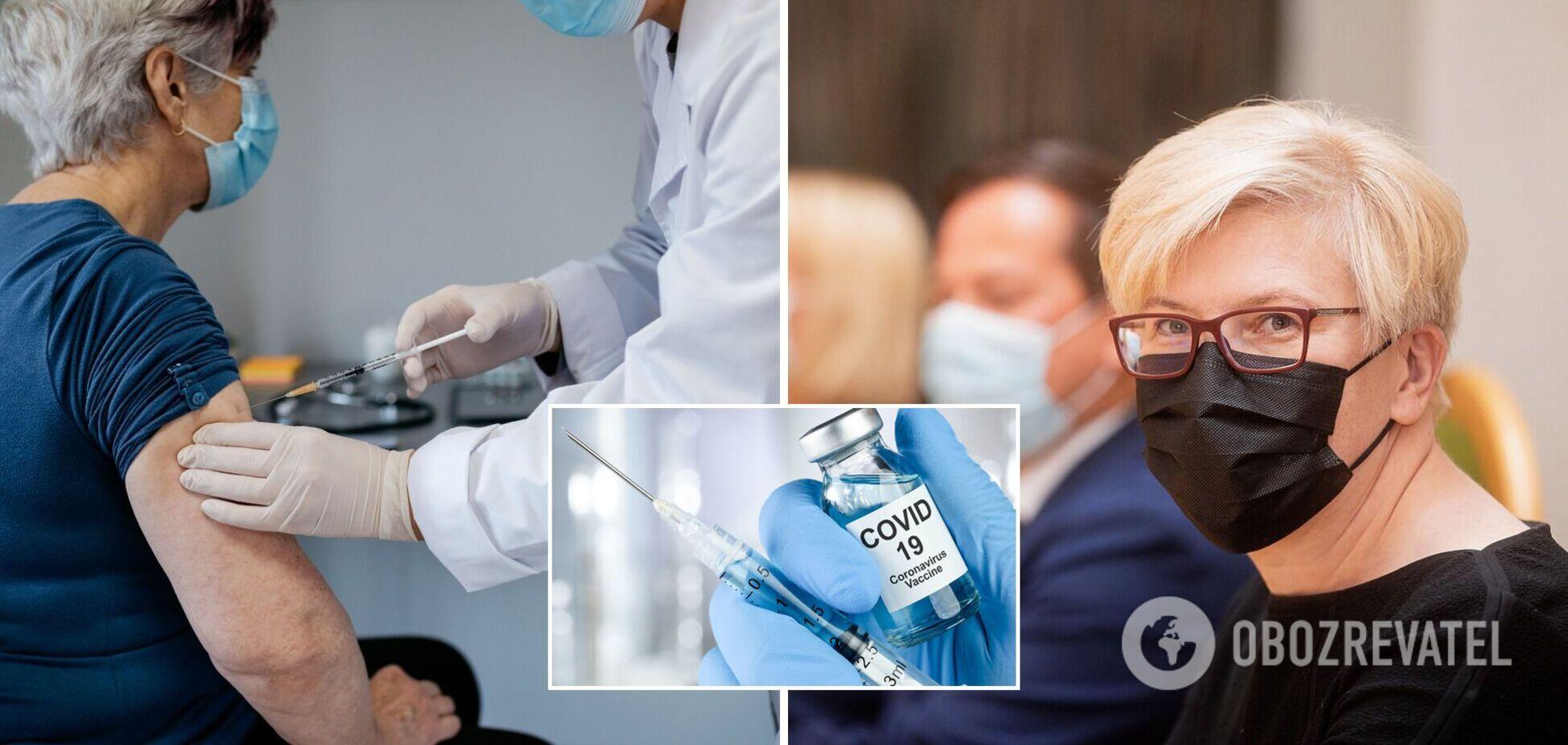 Всех литовцев будут прививать третьей дозой против COVID-19