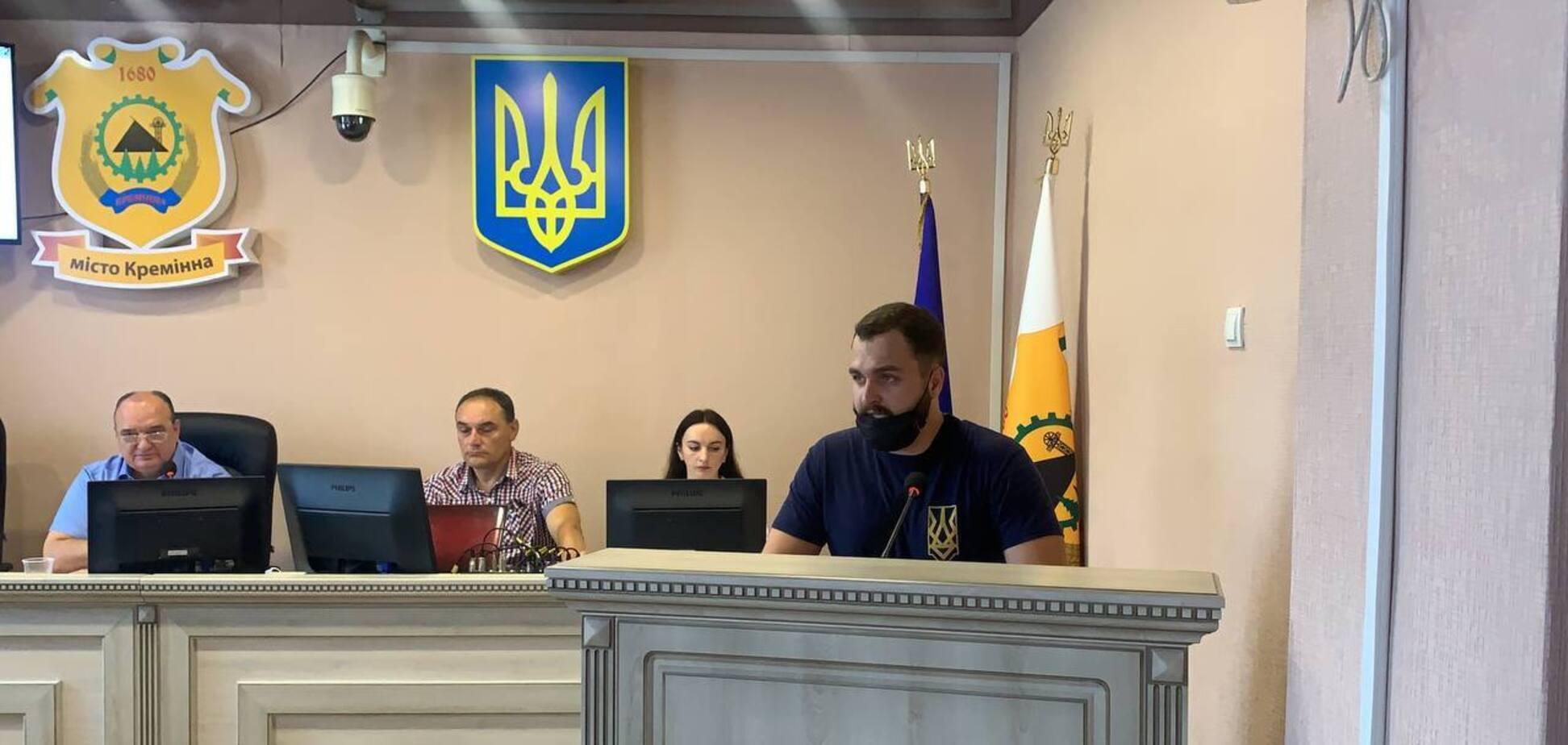 'Нацкорпус' заподозрил главу Луганской ОГА в коррупции: обнародовано расследование. Видео