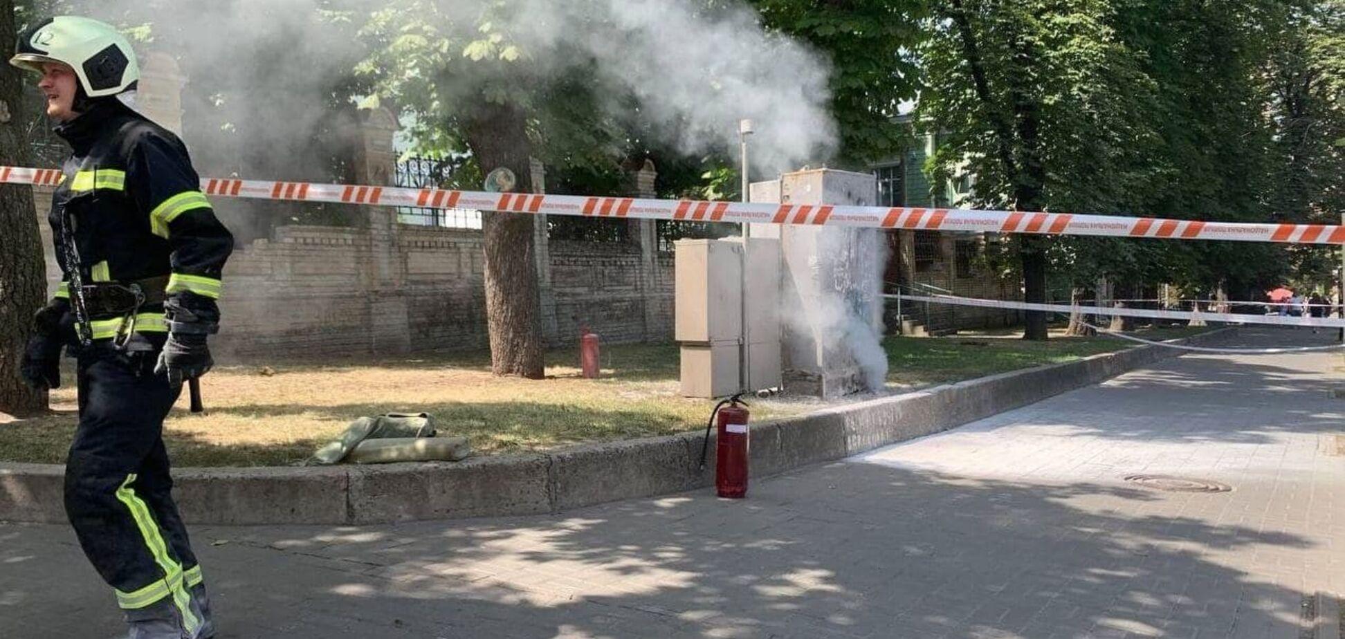Пожежа в трансформаторній будці біля вулиці Банковій в Києві