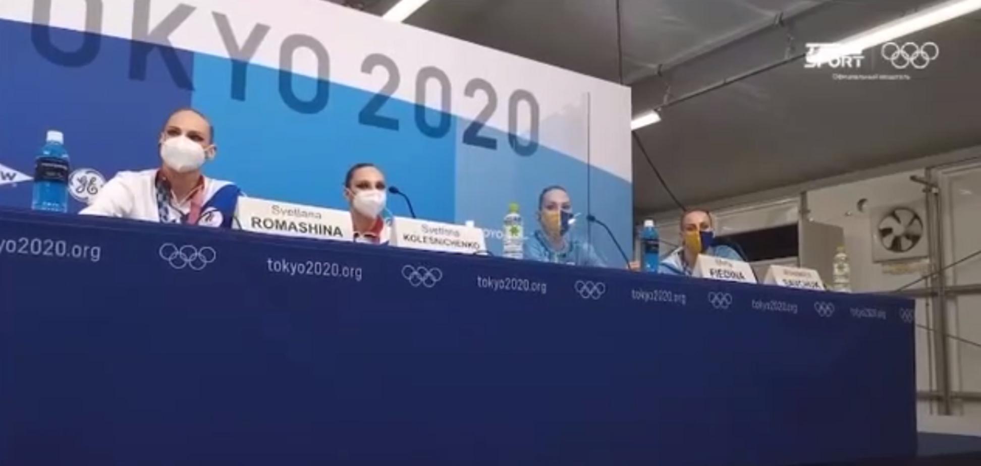 Федіна й Савчук (праворуч) на пресконференції