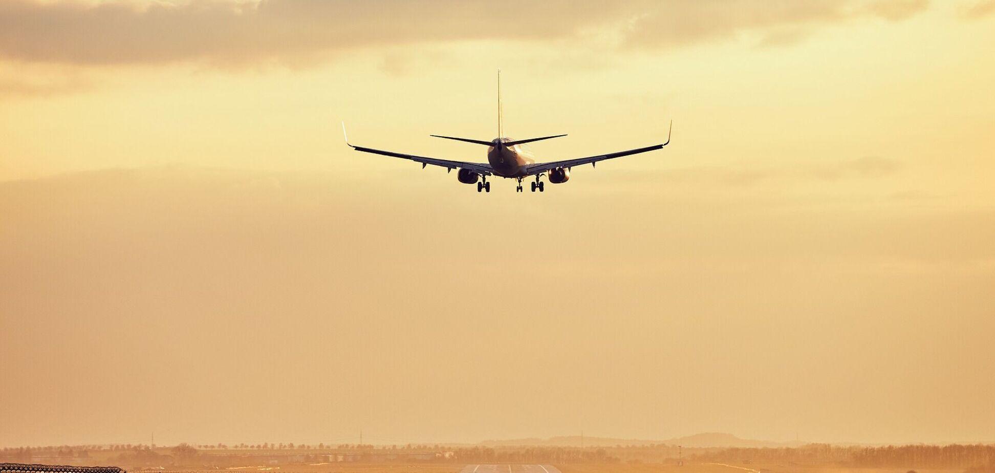 Украинский суд 'арестовал' 13 самолетов российской авиакомпании
