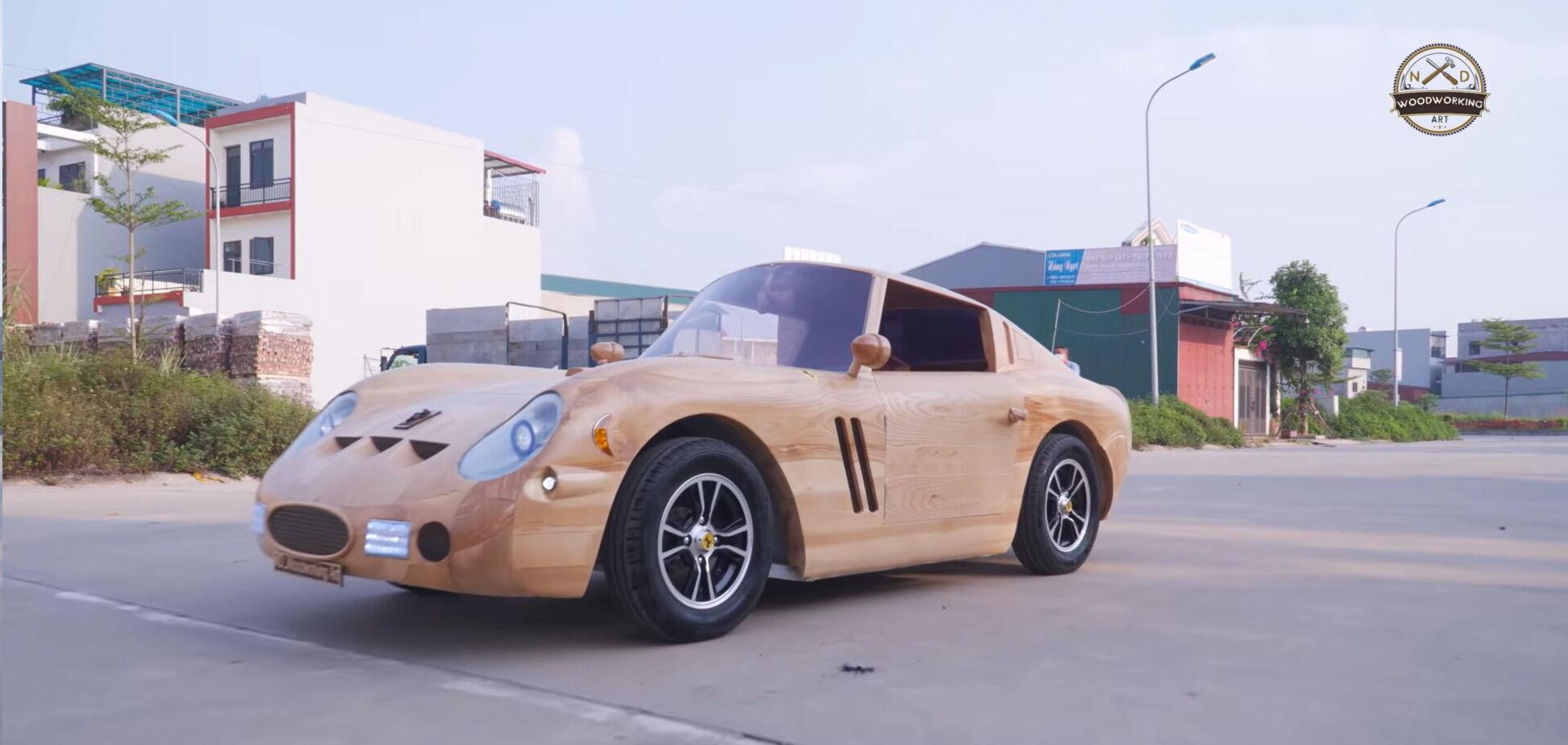 В'єтнамські умільці виготовили класичну Ferrari з дерева. Відео