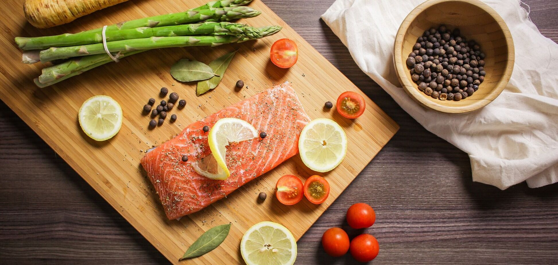 Як правильно солити червону рибу