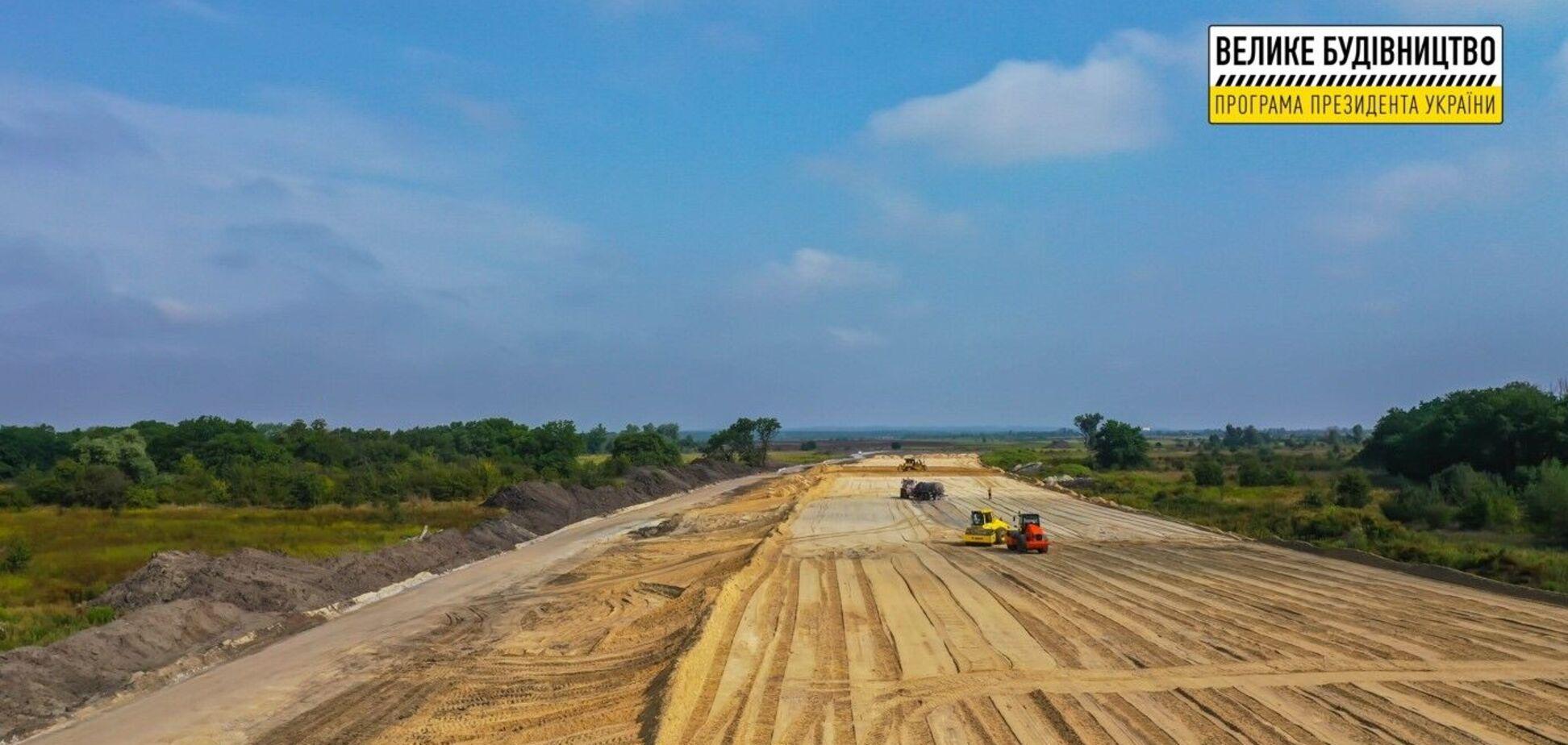 'Большая стройка' завершает ремонт трассы Н-31