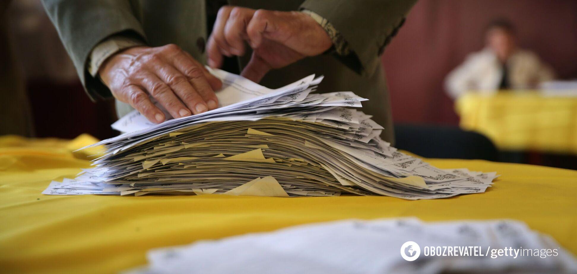 В Украине оформлять служебные документы необходимо по-новому: что изменилось