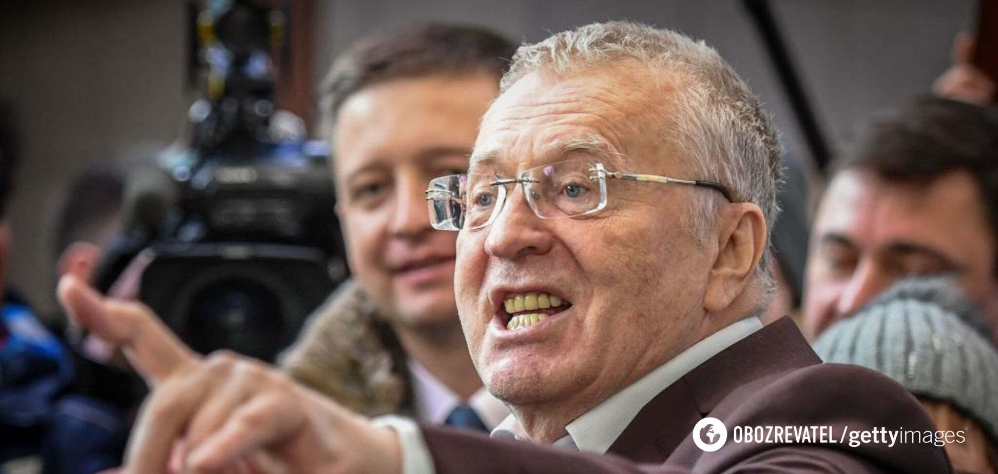 Жириновський прибув на мітинг у Росії на трійці коней. Відео та реакція мережі