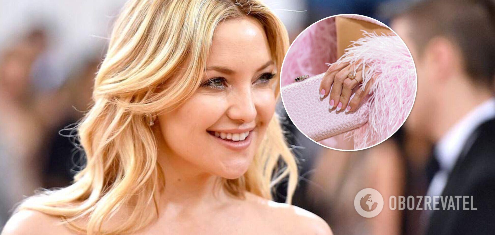 Кейт Хадсон выходит замуж за музыканта: актриса засветила кольцо на Met Gala 2021