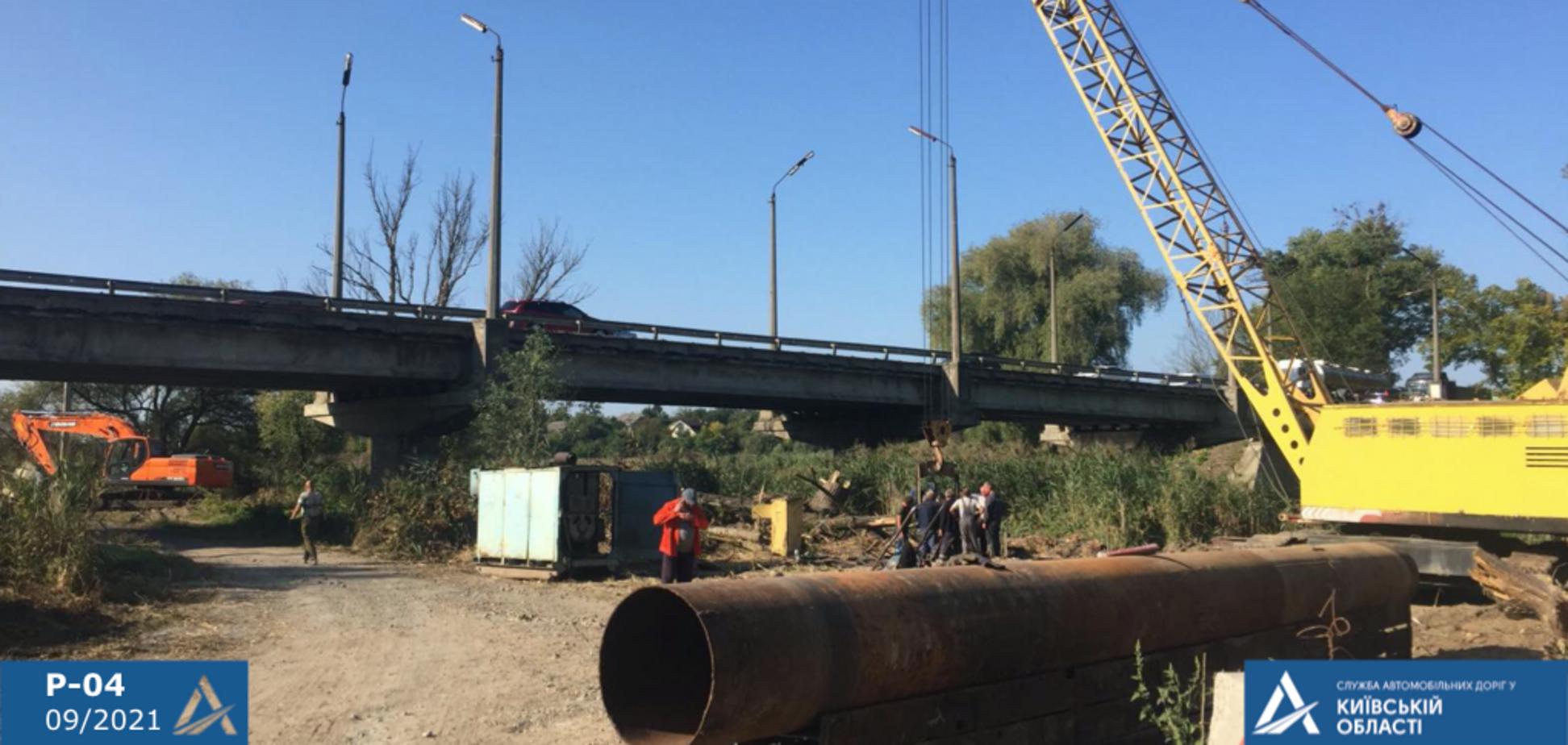 По программе Зеленского отстроят неработоспособный мост через р. Ирпень на Киевщине