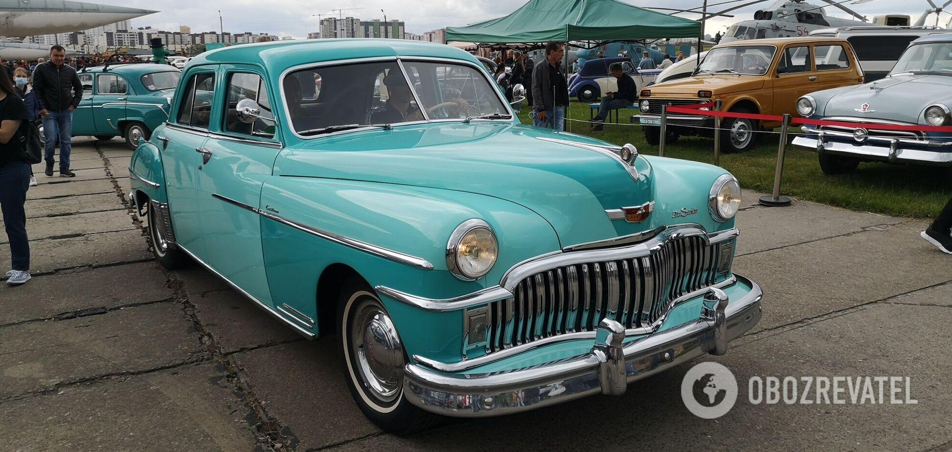 Унікальна 'Таврія' та розкішний Mercedes 50-х: 5 авто, які варто побачити на OldCarLand