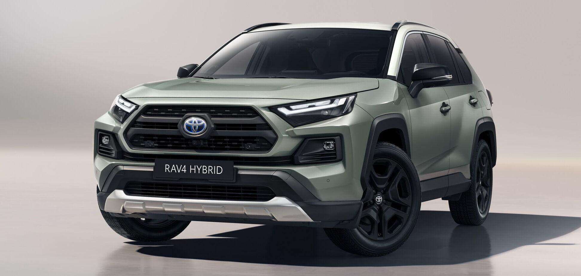 Toyota показала оновлений RAV4