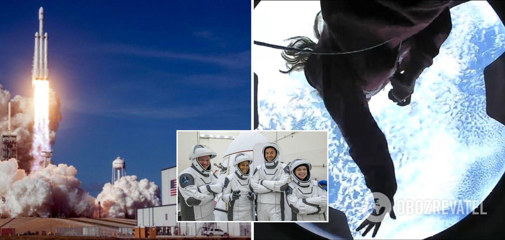 Участники туристической миссии Inspiration4 показали, как проводят время в космосе. Фото