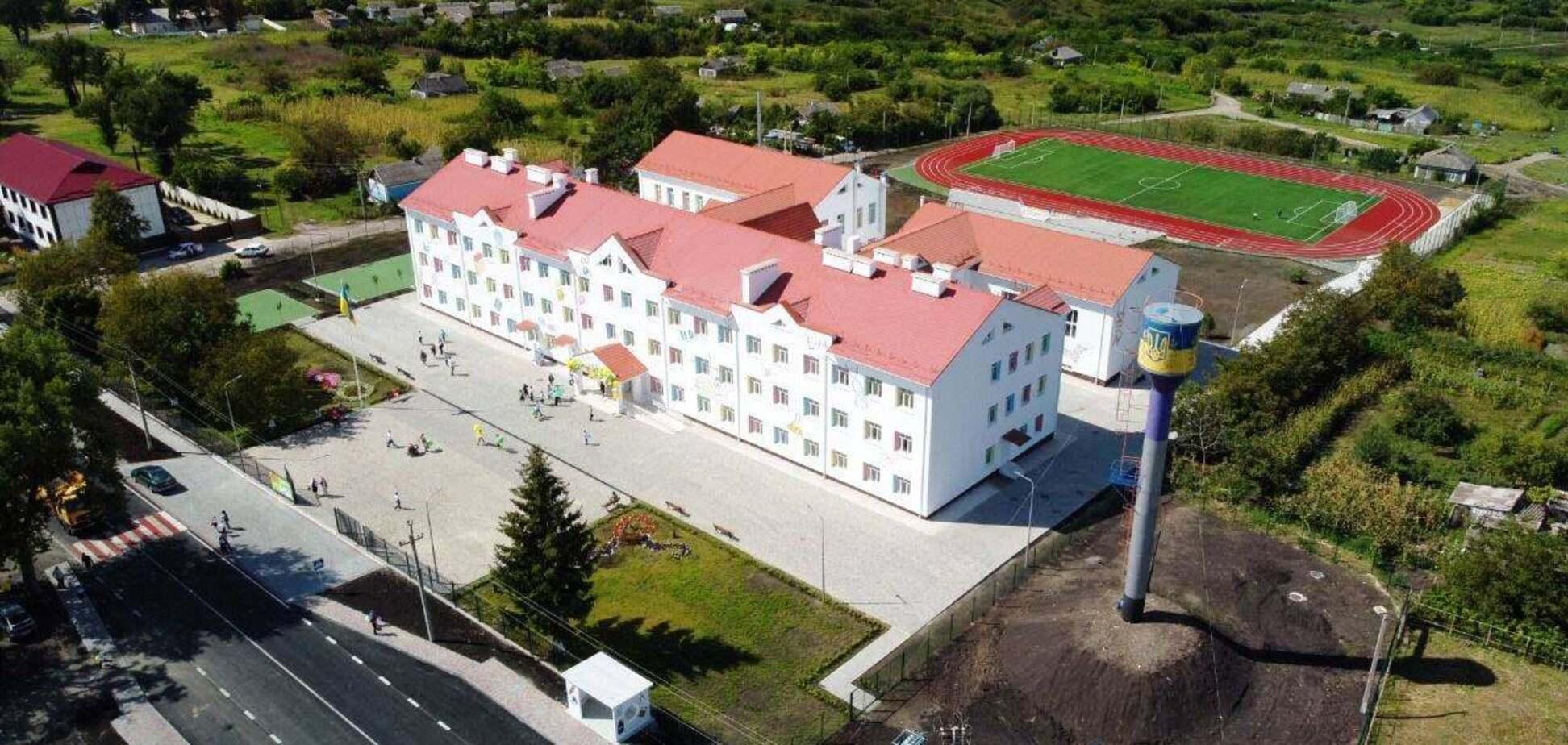 На Одещині за програмою Зеленського добудували школу, яка стояла довгобудом 13 років