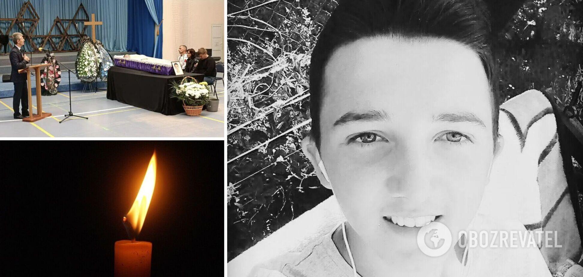 19-летний студент Владимир Сало умер через несколько часов после прививки Pfizer