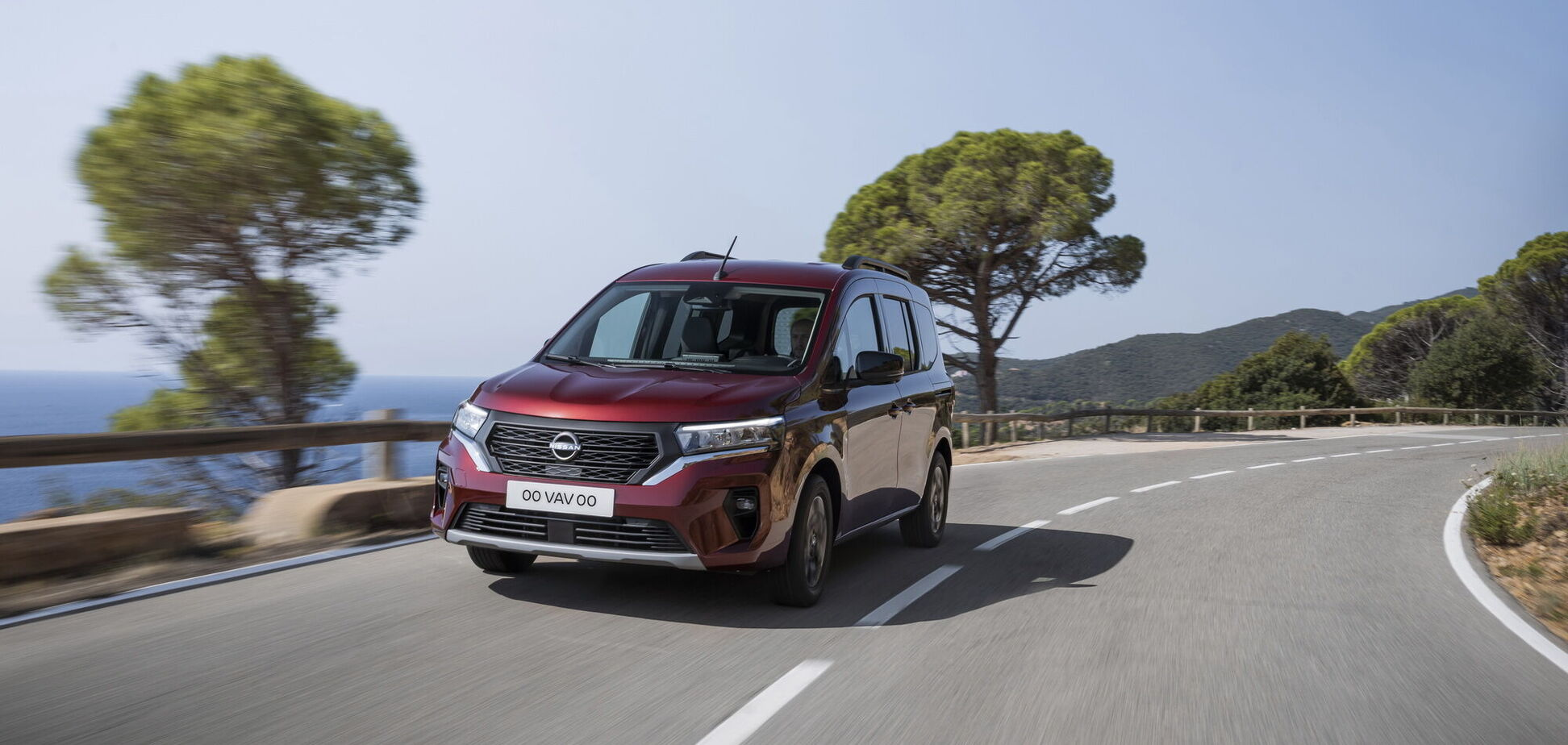 Nissan представив свою версію моделі Kangoo