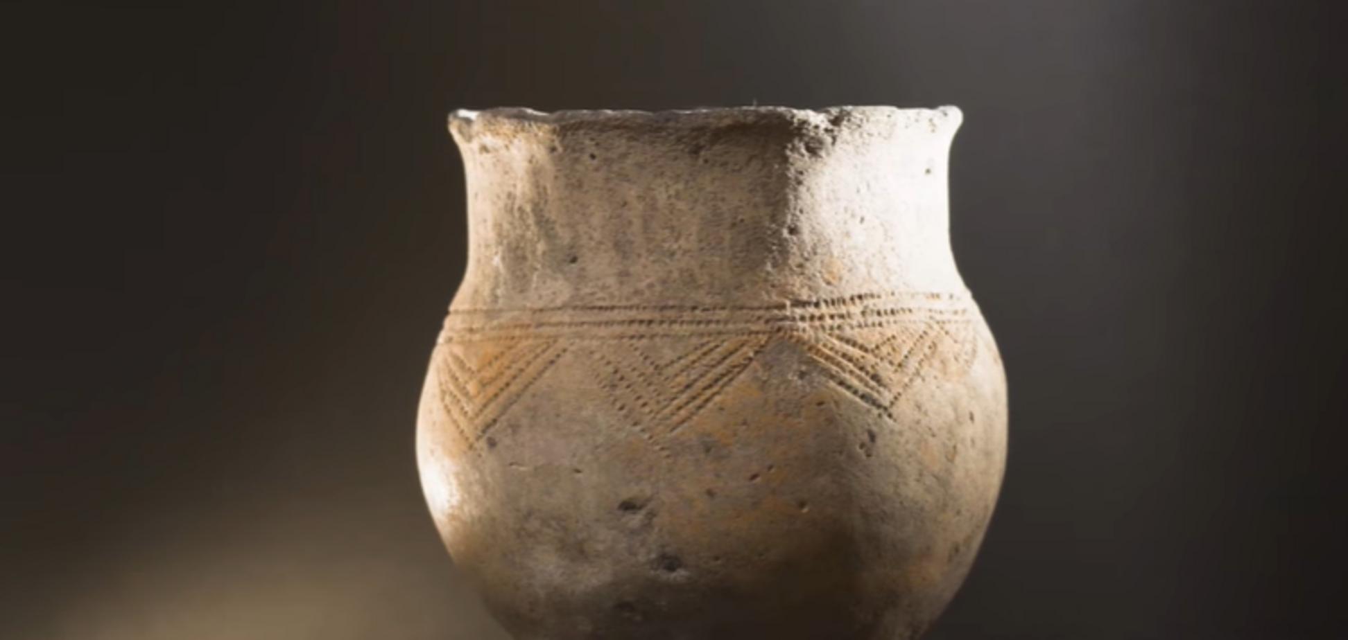 На дорогах 'Великого будівництва' знайшли кераміку віком понад 7 тисяч років. Відео