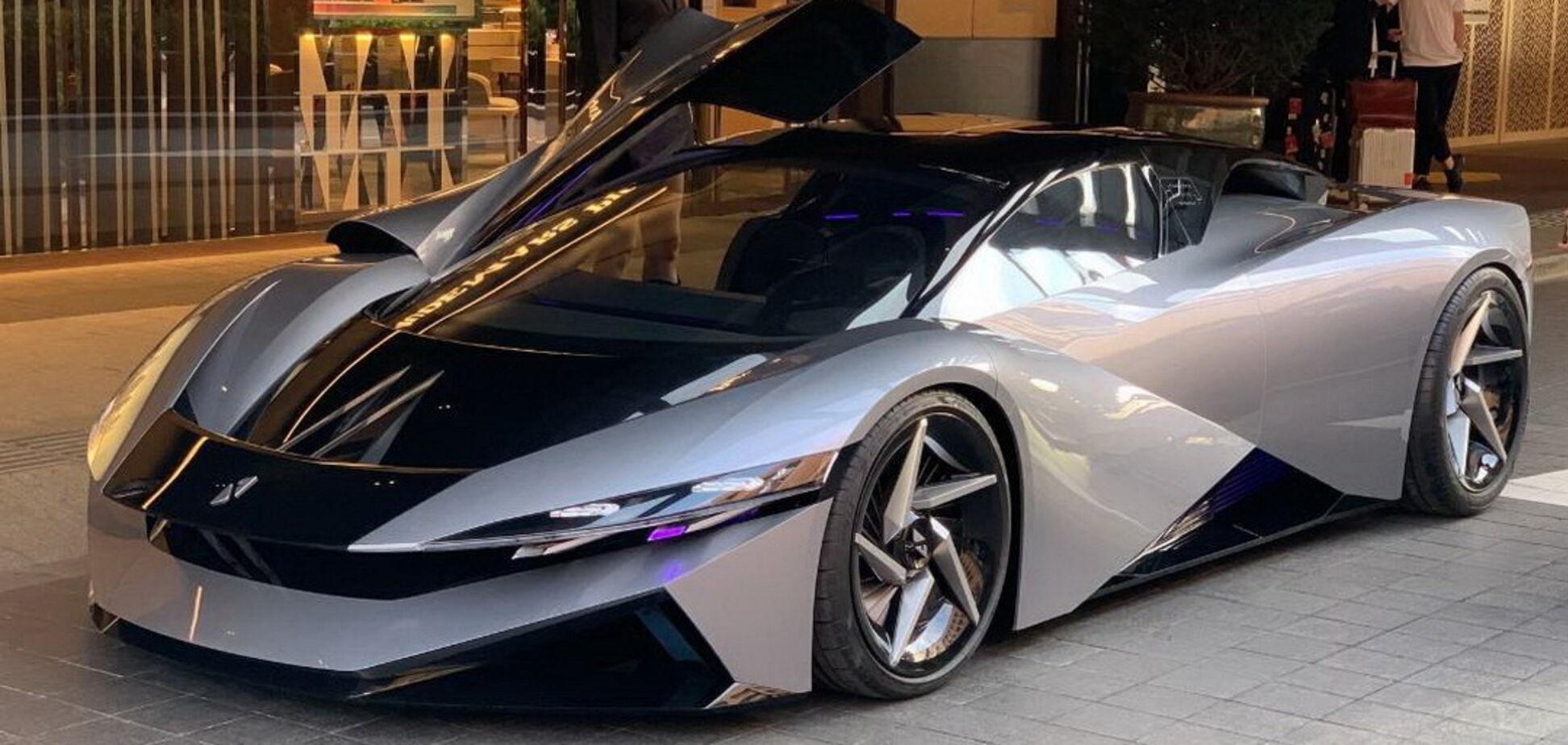 Суперкар Farnova Othello обіцяють розігнати до 420 км/год