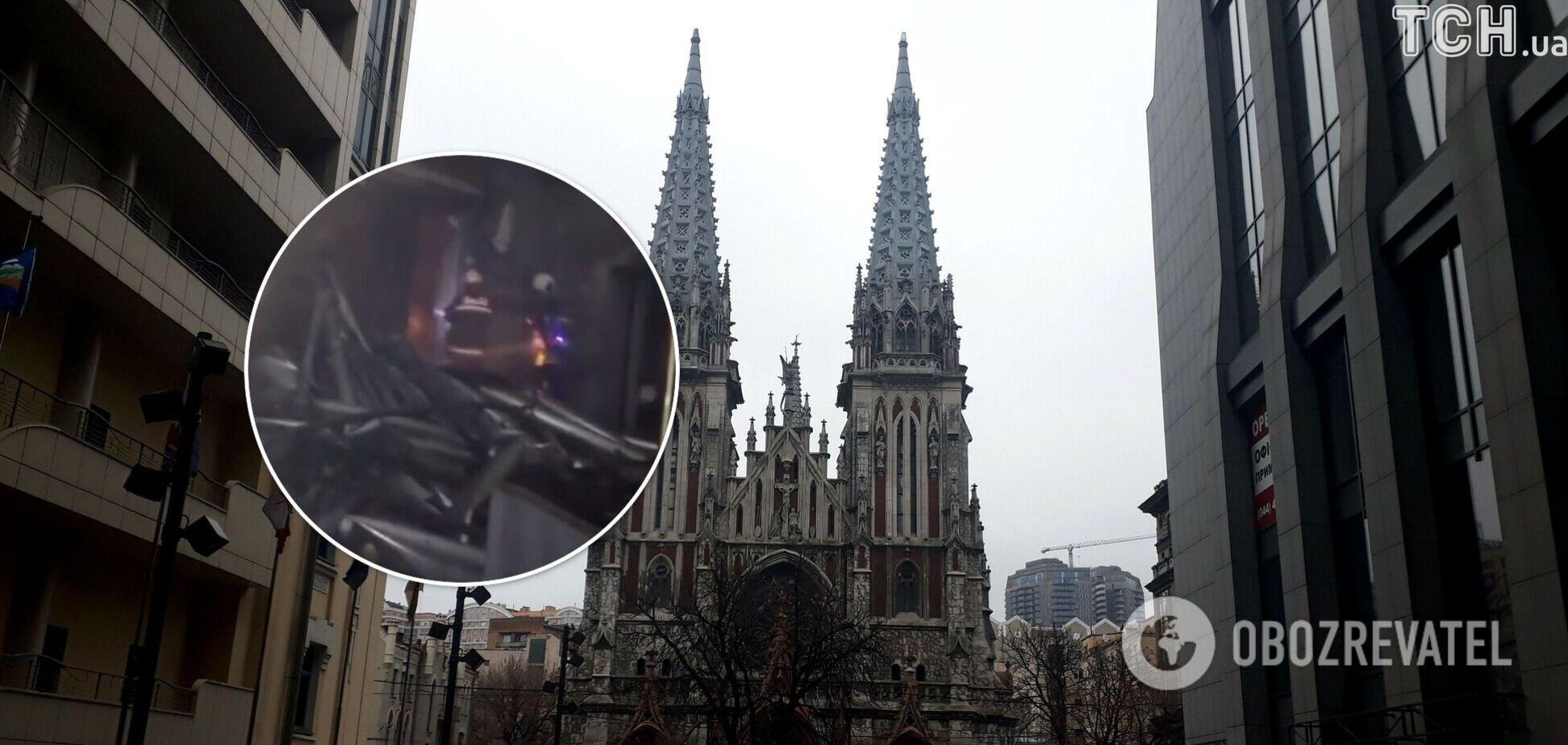 З'явилося відео зсередини костелу Святого Миколая в Києві після пожежі