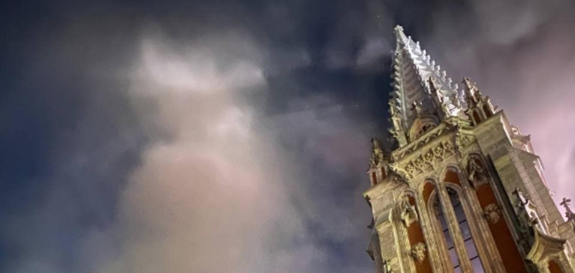 Пожежа в костелі Святого Миколая: католикам потрібна підтримка