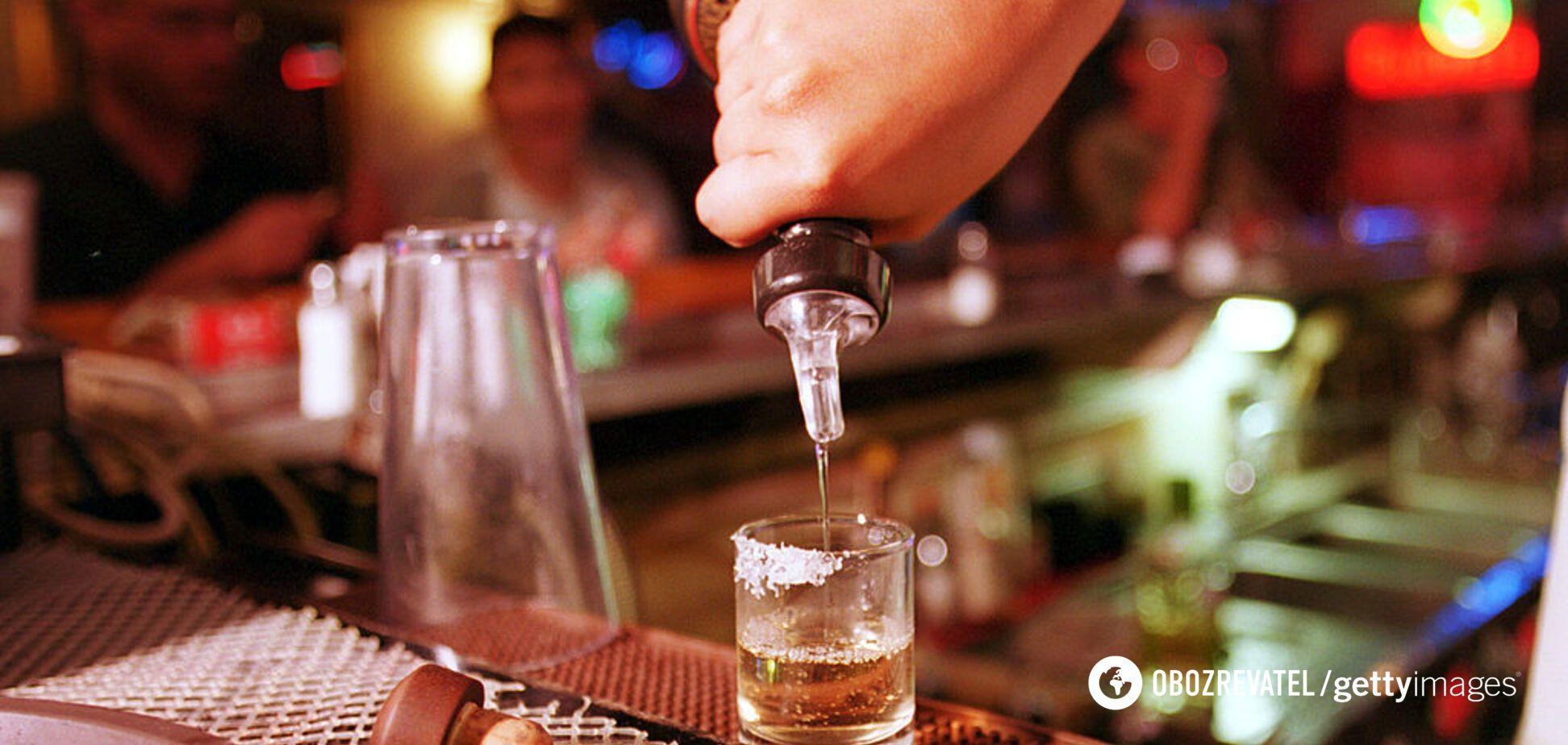 Вчені знайшли зв'язок між вживанням алкоголю та ризиком потрапити в реанімацію з COVID-19