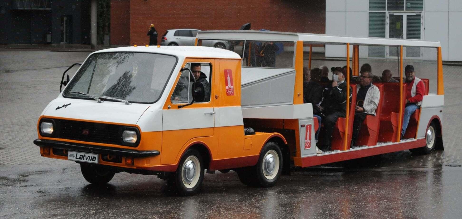 Унікальний автопоїзд РАФ-3407 'Латвія' повернули до життя