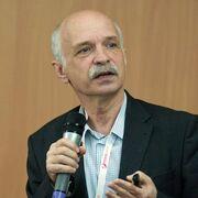 Сергей Крамарев